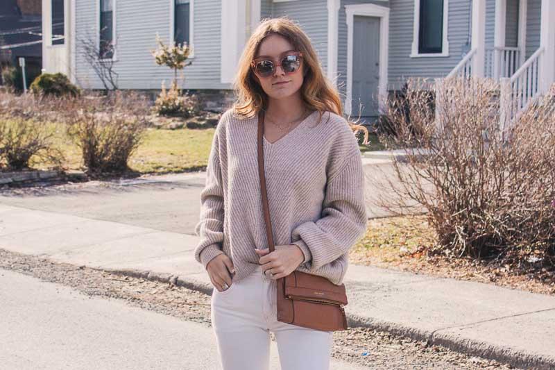 white jeans & tonal dressing for spring